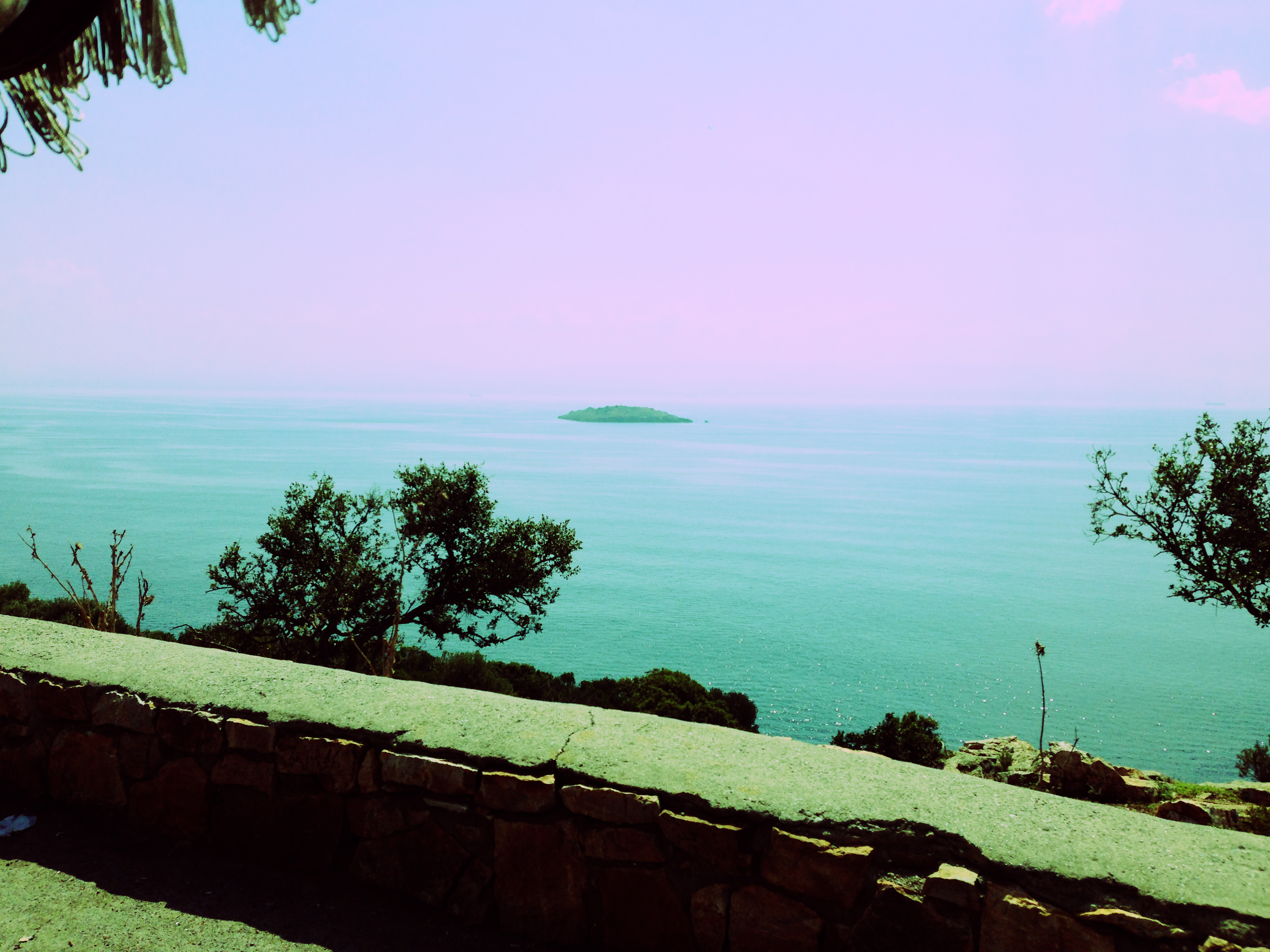 Vista do alto da ilha