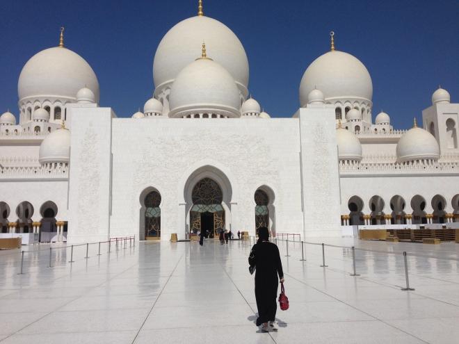 O melhor de Abu Dhabi:  a Sheiki Zayed Grand Mosque