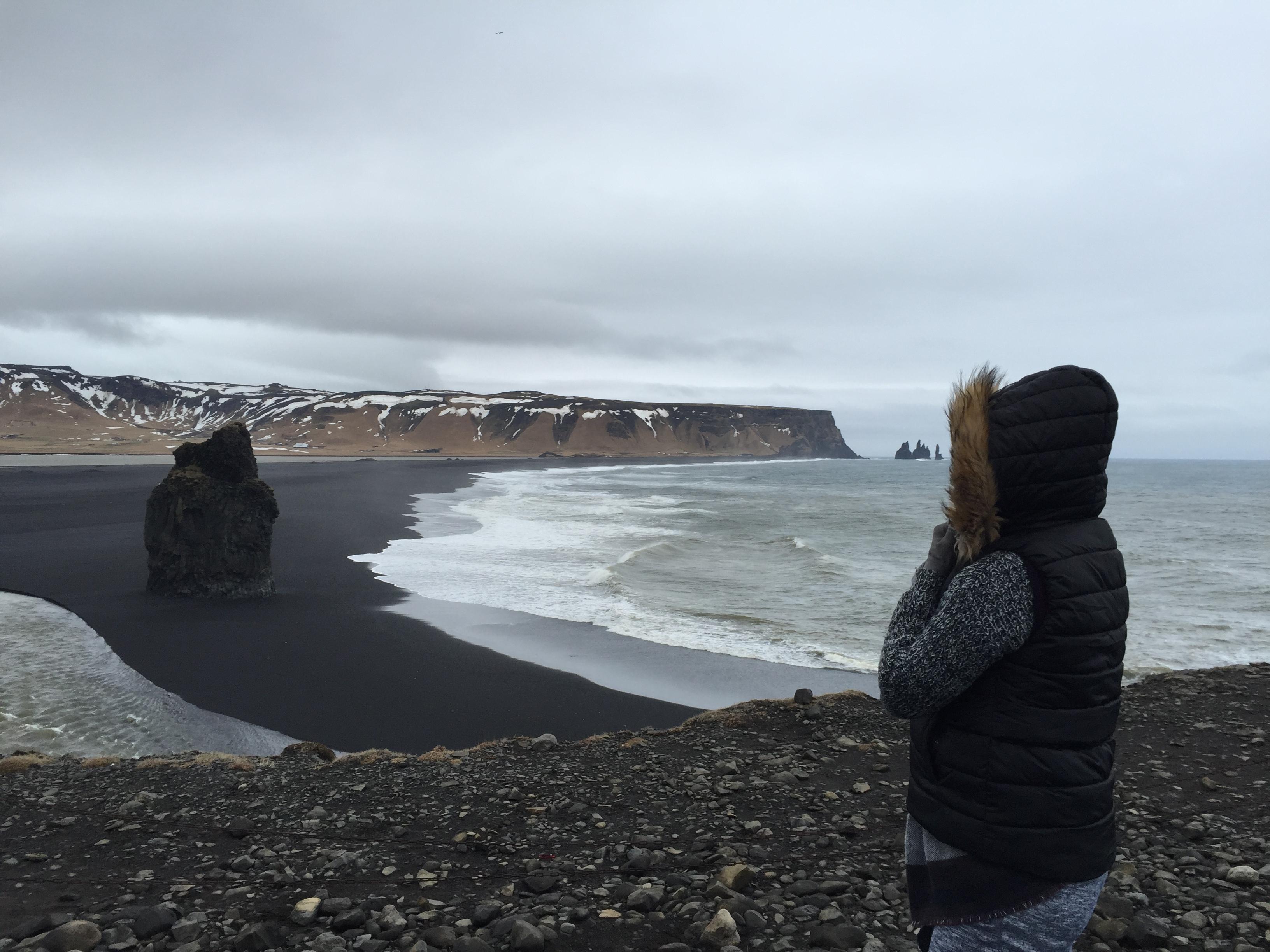 Reynisfjara praia de areias negras islândia